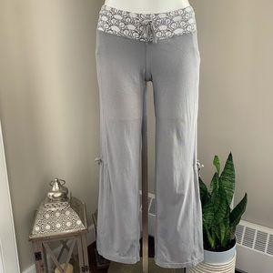 LULULEMON, Yoga Drawstring Pants